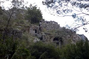 南のネクロポリス