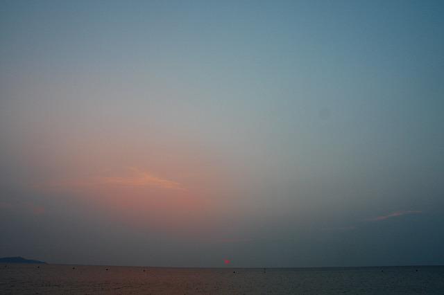 浜辺の日暮れ