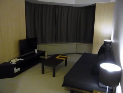 12-10-14 ホテル部屋