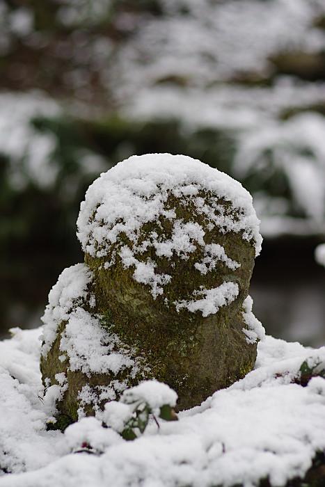 雪の童地蔵