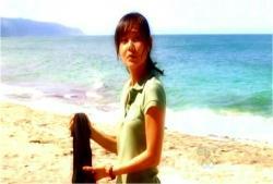 ジンのフラッシュ。島に来たばかりの頃のサン。