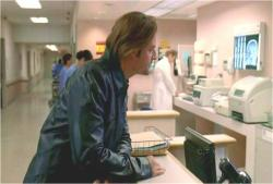 こちらの患者のサン・パイクさんの部屋を探してます
