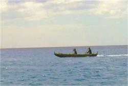 二人でボートをこいで、あの島へ