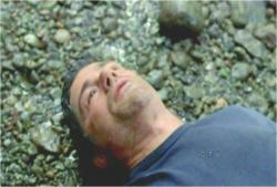 暗黒に石で頭を殴られ気絶したジャック