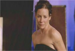 ケイトも記憶が蘇り、感動して泣いている