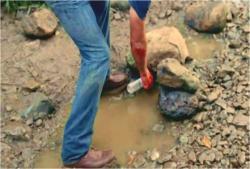後継者の泥水を組むジャック
