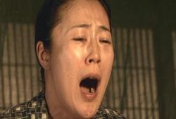いきなり泣き出すシゲ子