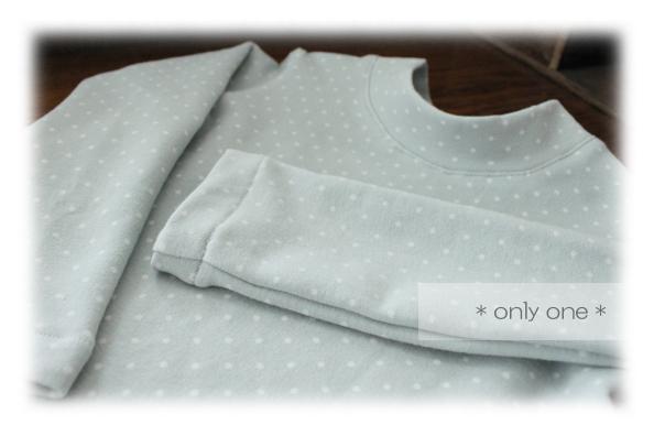 水玉Tシャツ4