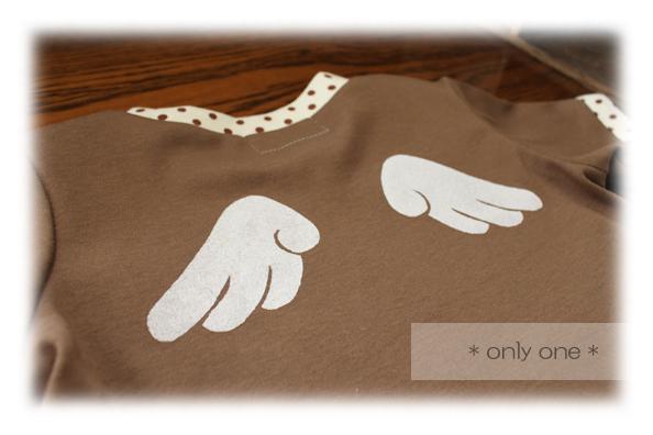 チョコ羽根Tシャツ3