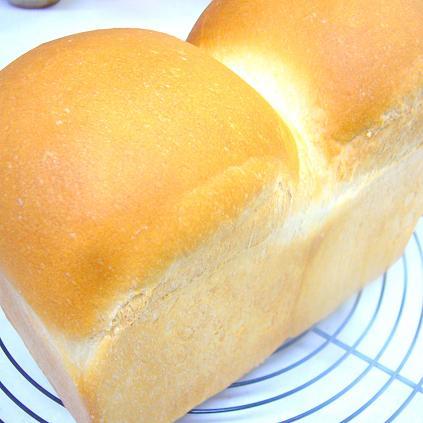 パネトーネマザーの山食パン