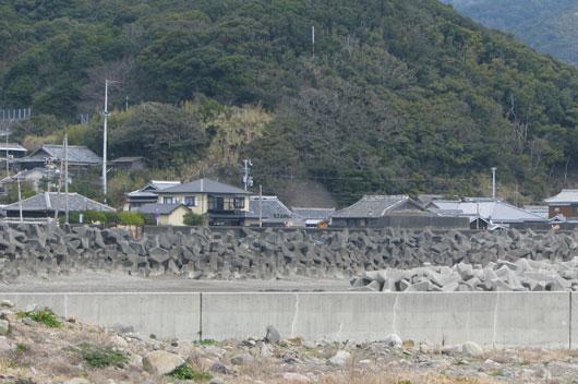 三尾の漁港