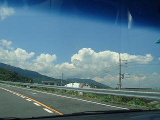 帰り道 夏を感じます。