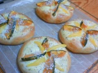 後輩初手作りのパン♪♪♪