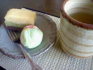 和菓子でお茶を・・・♪♪♪