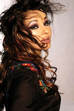 Natacha-Atlas-2