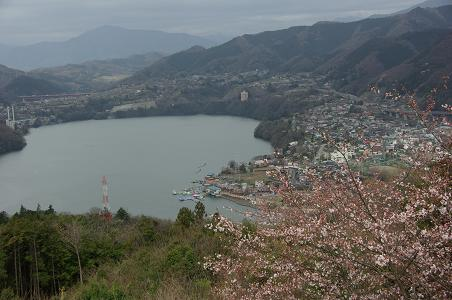 100403-05lake of sagami
