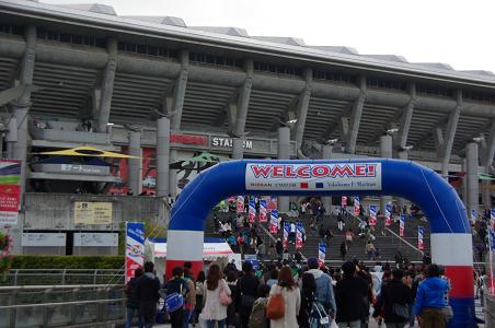 100424-04nissan stadium