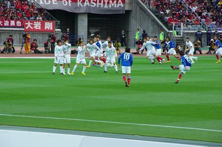 100424-09nakamura free kick