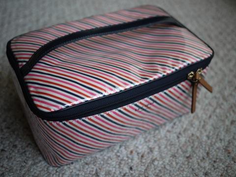 katespade cosmetic bag1