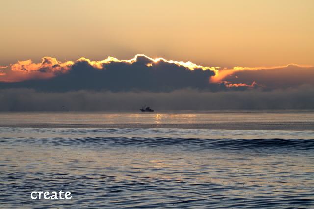 DPPー28931日日の出と船  0001