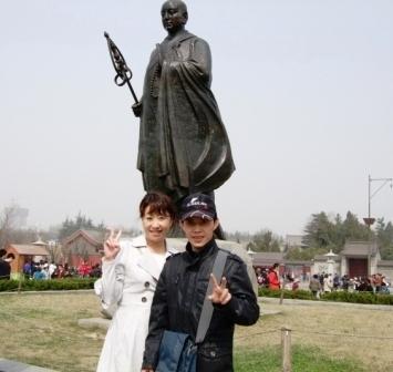 西安日本語観光ガイド お客様と西安記念写真01