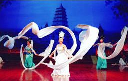 陝西省歌舞大劇院倣唐歌舞宮廷ショー01