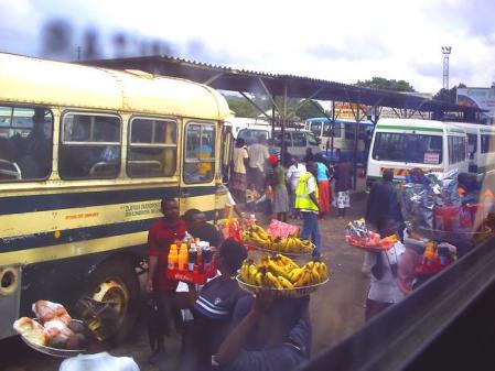 アフリカン・バス