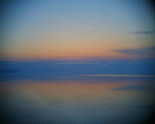 ウユニの夜明け by VQ1015 R2