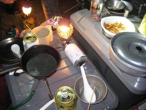 キャンプでの食事