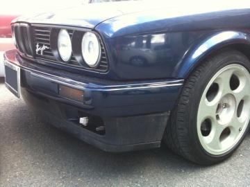 E30 BMW フロントバンパー
