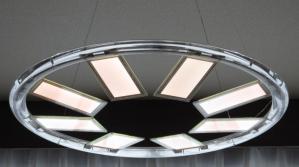 東芝 透過型有機ELパネル 点灯時