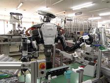 工場で働くヒューマノイドロボット