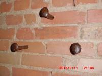レンガむき出し壁