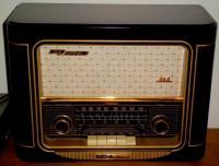アンティークもどきラジオ