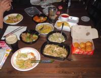 テークアウト中華料理で夕食