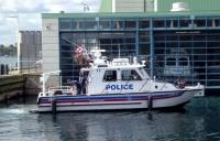 水上警察ボート