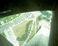 06年6月CNタワー1展シースルー床