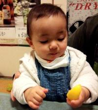 JJ2013-12-21レモン食べ1