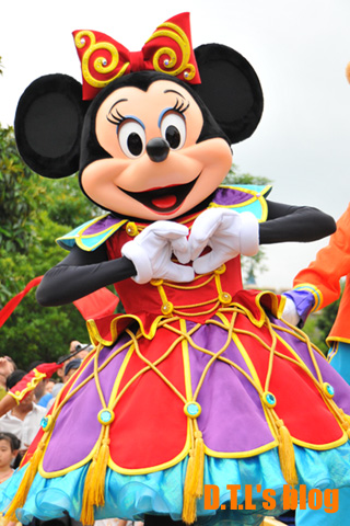 HKDL_5thparade_minnie.jpg