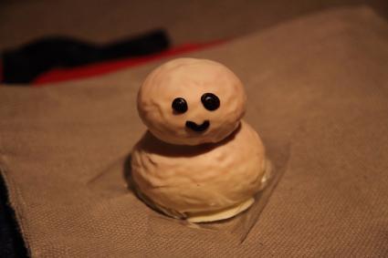 雪だるまパン 足柄SAにて