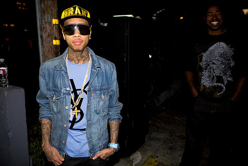 Tyga- G Shit (Ft. Chris Brown) [prod. Jahlil Beats] [No DJ