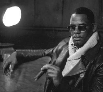 R. Kelly- Sign Of A Victory [CDQ]