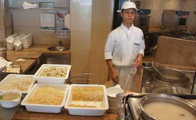20110606 シェラトン 麺コーナーDSC09868