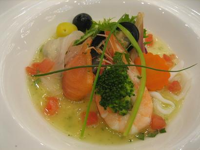海の幸ナージュ仕立て レモングラスの香り 季節の野菜とご一緒に