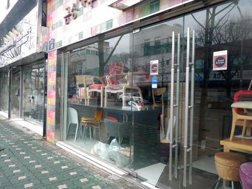 韓国照明の商店街2