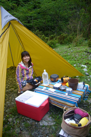 6-3テントの朝