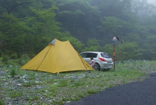 6-5テントの朝