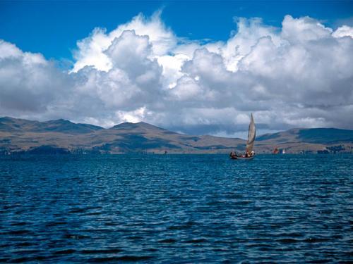 Titicacabolivia.jpg