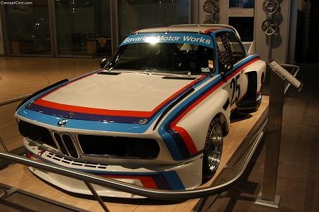 bmw_30_CLS_Race_Car_nyc_04_dv_01.jpg
