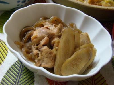 鶏とごぼうの煮物!